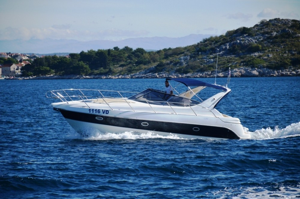 Rent a Sessa Marine C35