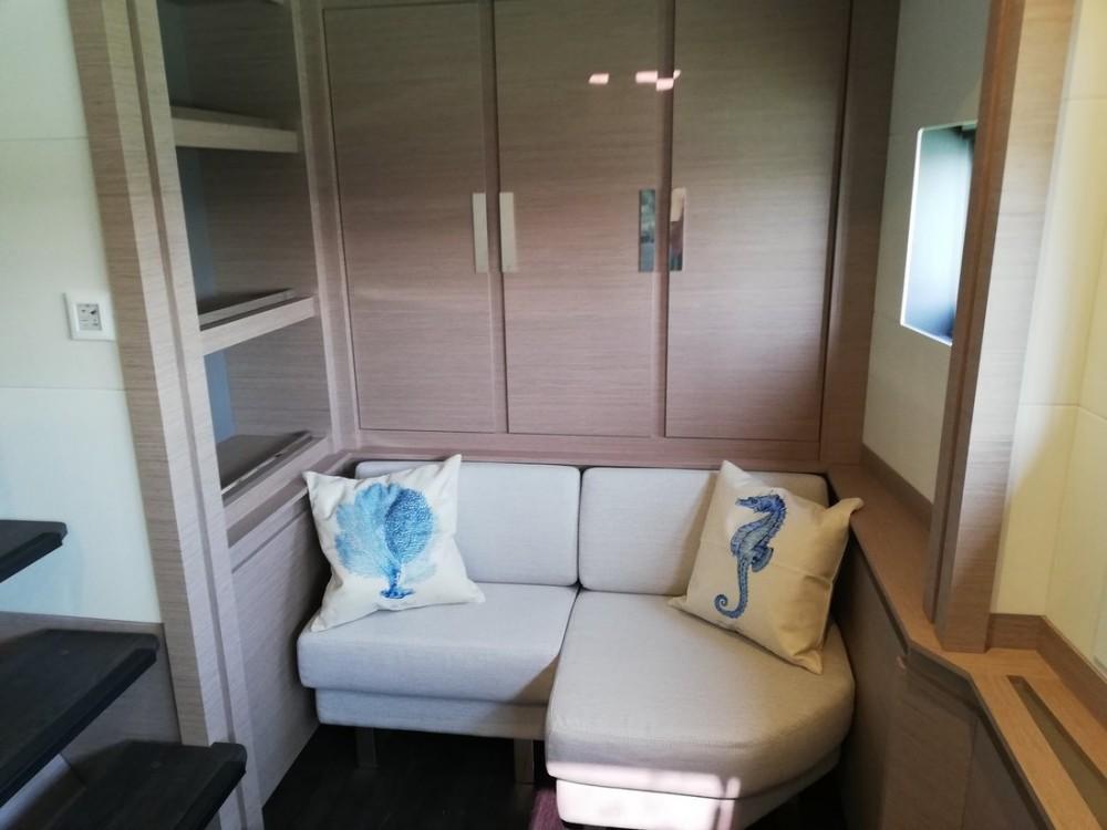 Catamaran for rent Porto di Castellammare di Stabia at the best price