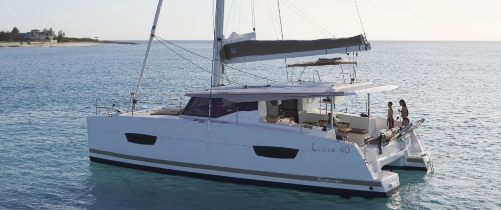 Rental Catamaran in Castellammare di Stabia - Fountaine Pajot Fountaine Pajot Lucia 40 - 3 cab.
