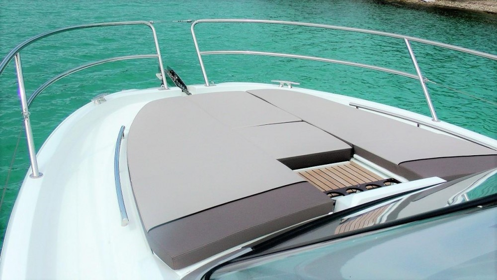 Rental yacht  - Jeanneau Cap Camarat 10.5 WA on SamBoat