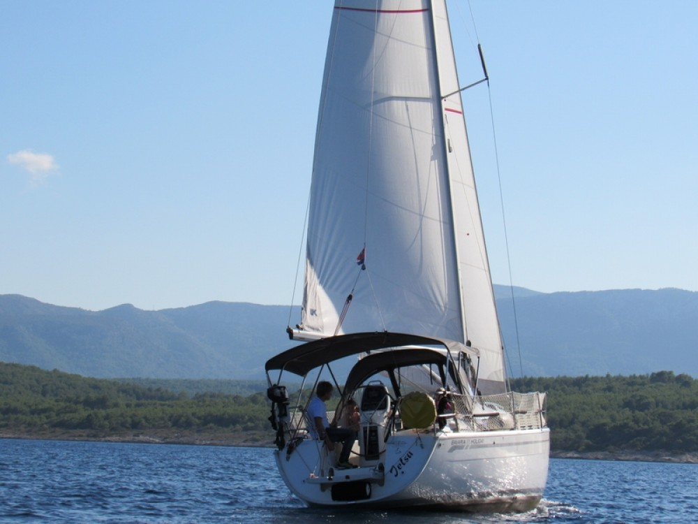 Rent a Bavaria Bavaria 31 Cruiser Split