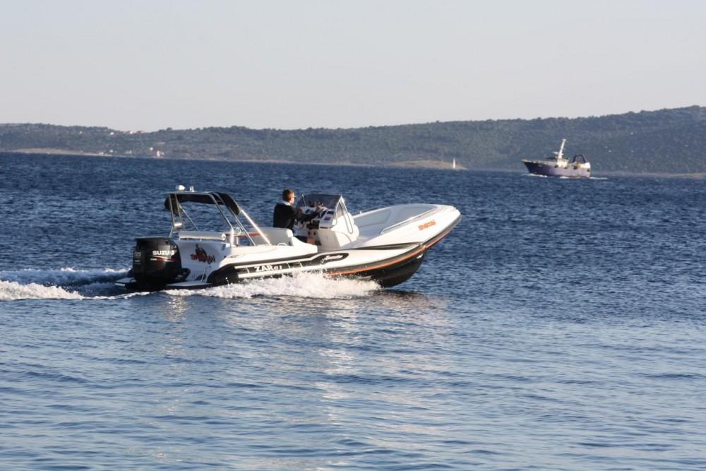 Boat rental Zar-Formenti-Srl ZAR 61 Suite in Croatia on Samboat