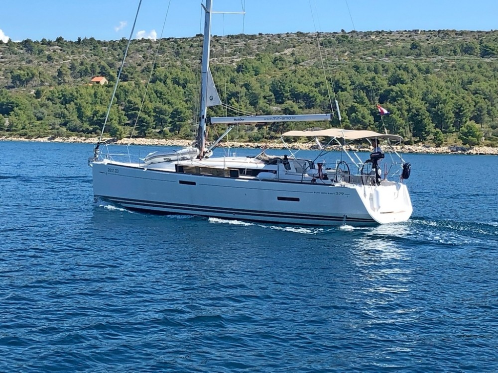 Jeanneau Sun Odyssey 379 between personal and professional Split