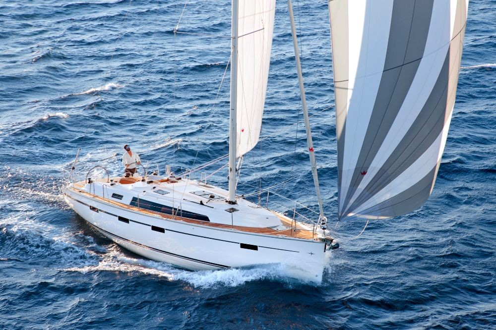 Bavaria Cruiser 41 between personal and professional Corfù