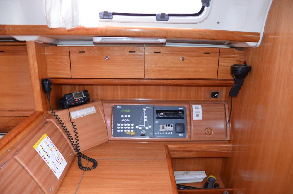 Boat rental Bavaria Bavaria 50 Cruiser in Marina Kaštela on Samboat
