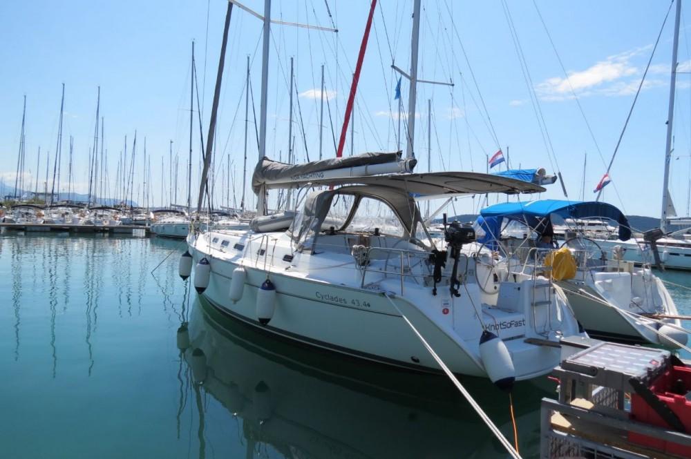 Rent a Bénéteau Cyclades 434 Croacia