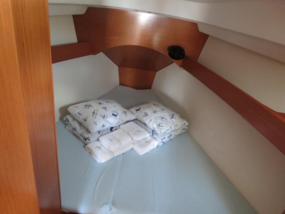 Rental yacht Croacia - Bénéteau Cyclades 434 on SamBoat