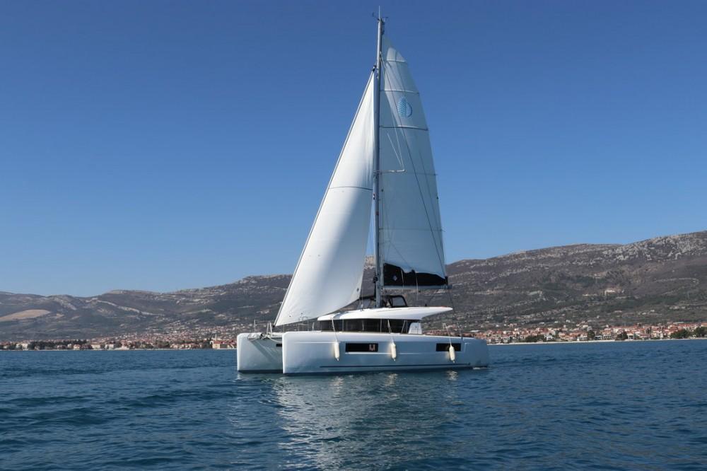 Rent a Lagoon Lagoon 40 - 4 + 2 cab  Croatia