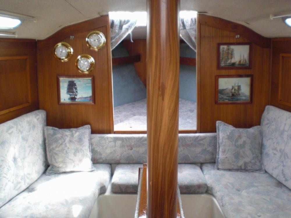 Boat rental Comfort Comfort 32 in Stockholm on Samboat