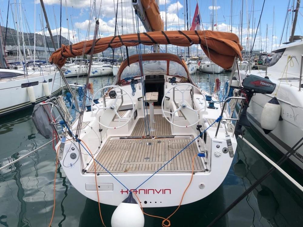 Boat rental Salona Salona 38 in Croatia on Samboat