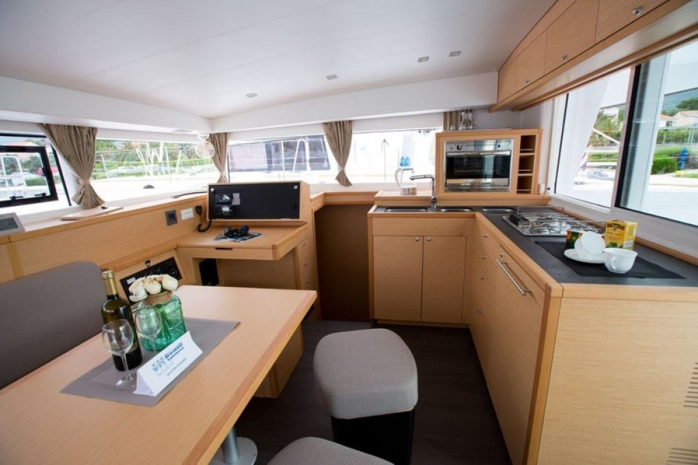 Lagoon Lagoon 40 - 4 cab. between personal and professional Fethiye