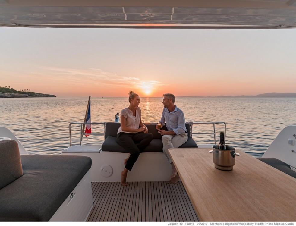 Rental Catamaran in  - Lagoon Lagoon 40 - 4 + 2 cab
