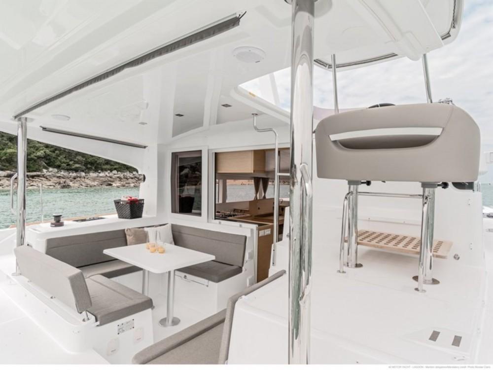 Rent a Lagoon Lagoon 40 Motor Yacht Šibenik