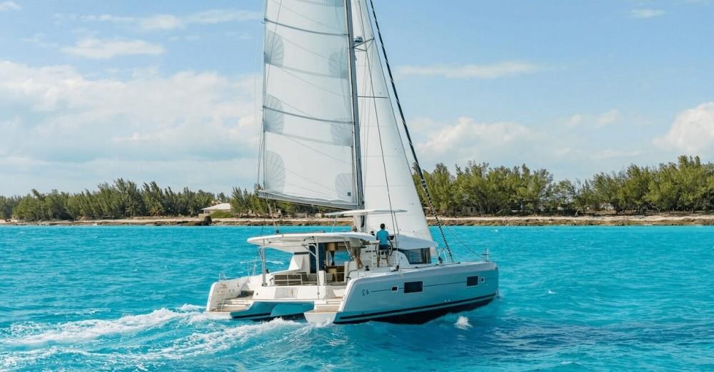 Rental yacht  - Lagoon Lagoon 42 - 4 + 2 cab. on SamBoat