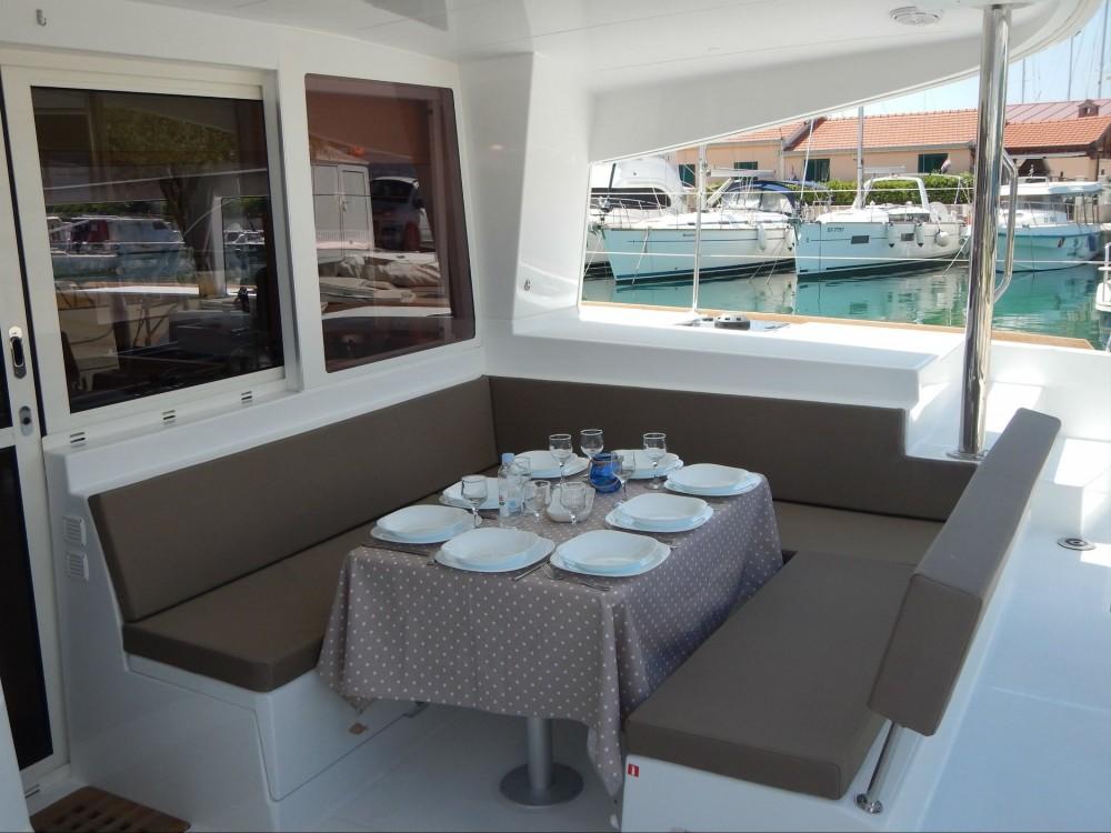 Boat rental Lagoon Lagoon 400 S2 in Split on Samboat