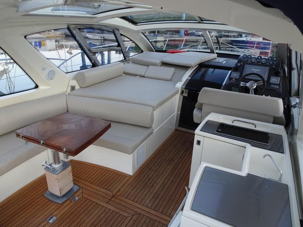 Azimut-Benetti-Yachts Azimut Atlantis 50 between personal and professional Podstrana
