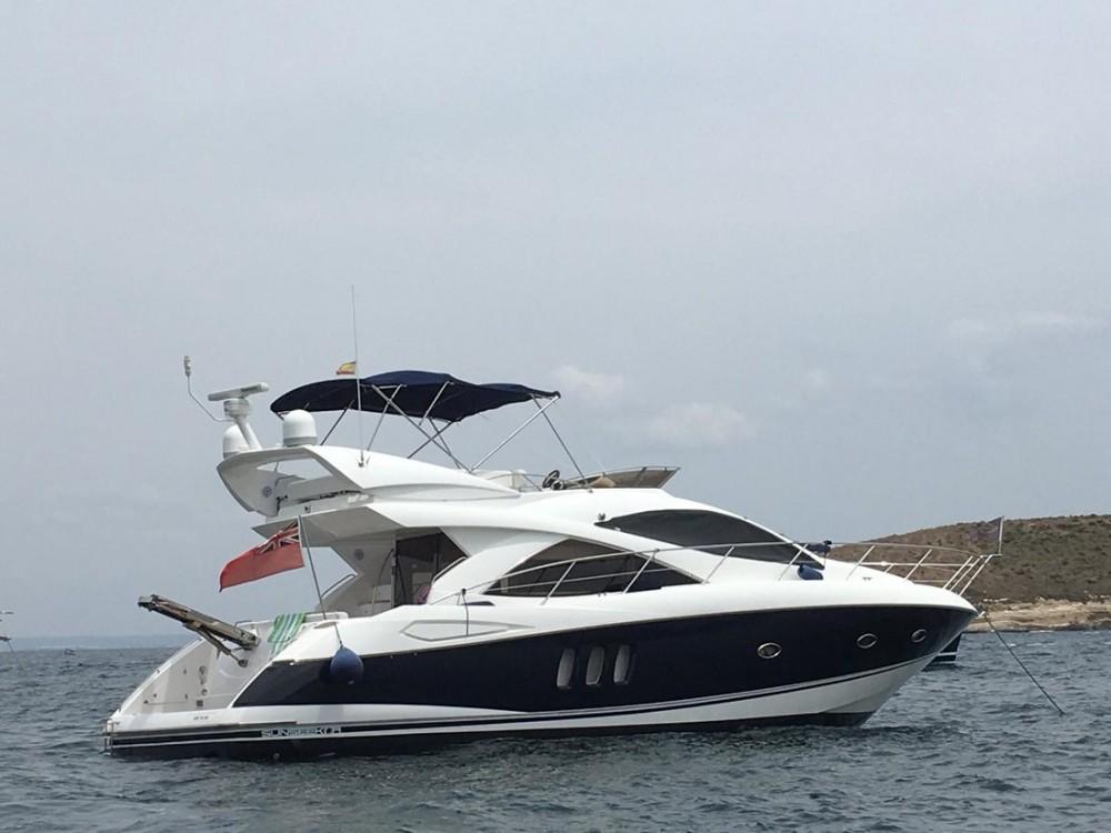 Rental Motorboat in Podstrana - Sunseeker-International Sunseeker Manhattan 50 - 3 cab.
