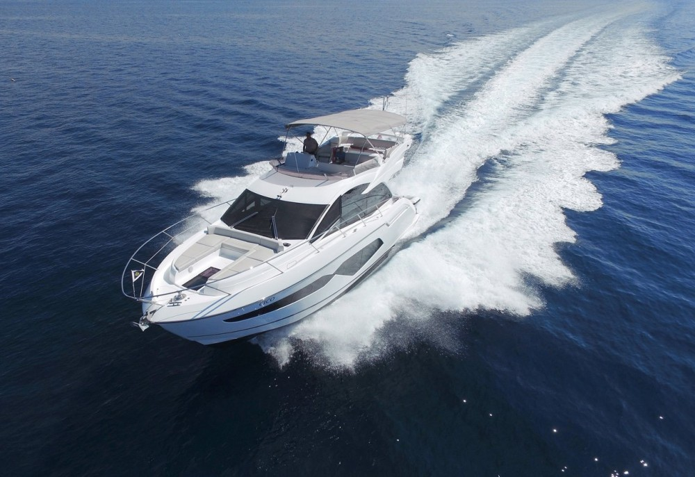 Rental Motor boat in Croatia - Sunseeker-International Sunseeker Manhattan 52