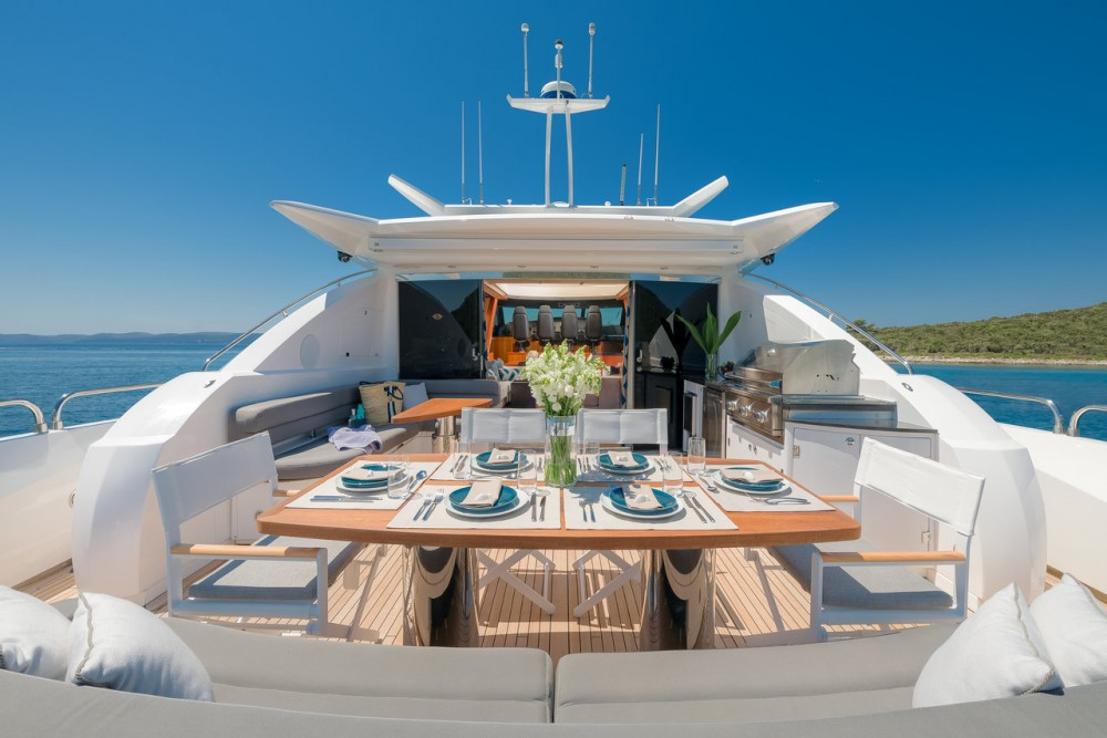 Hire Yacht with or without skipper Sunseeker Grad Zadar