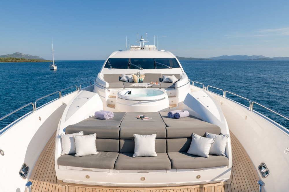 Hire Yacht with or without skipper Sunseeker Zadar