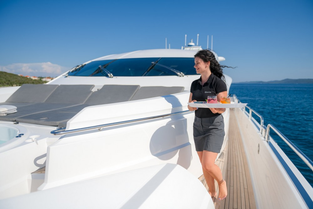 Boat rental Grad Zadar cheap Sunseeker Predator 108