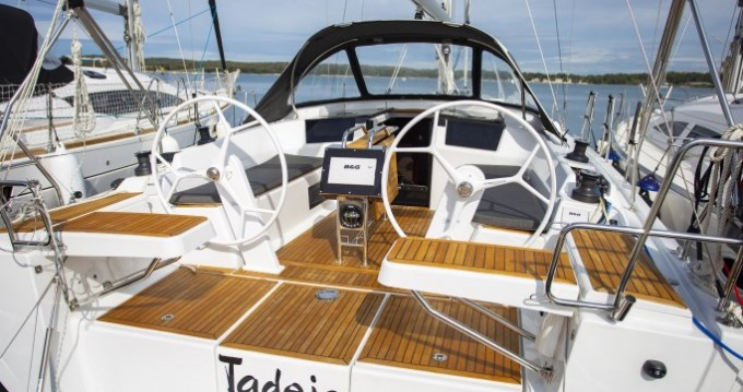 Rental yacht Pula - Hanse Hanse 388 on SamBoat