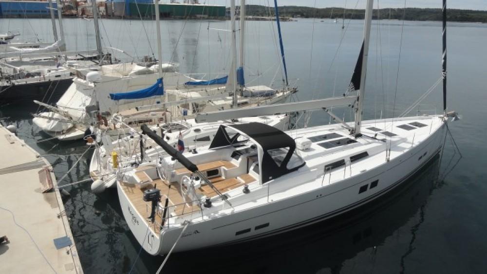 Boat rental Hanse Hanse 575 in Grad Pula on Samboat