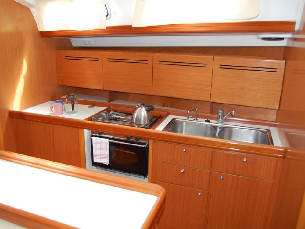 Rental yacht Općina Sukošan - Bénéteau Cyclades 50.5 on SamBoat