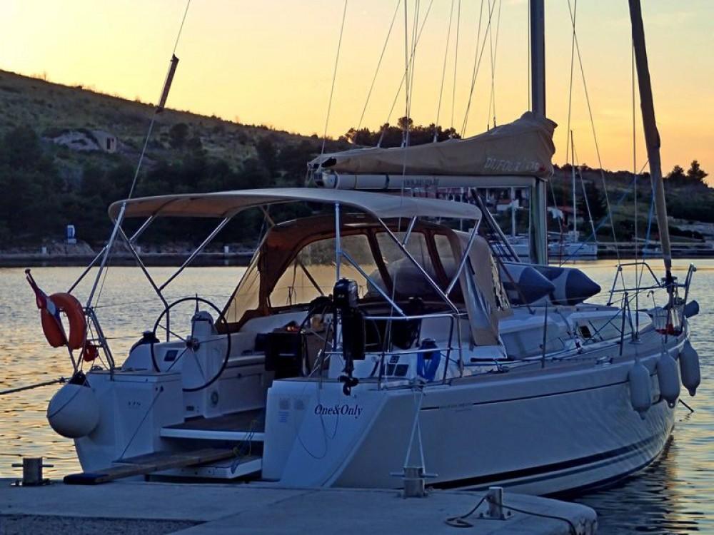 Rental Sailboat in Općina Sukošan - Dufour Dufour 375 Grand Large