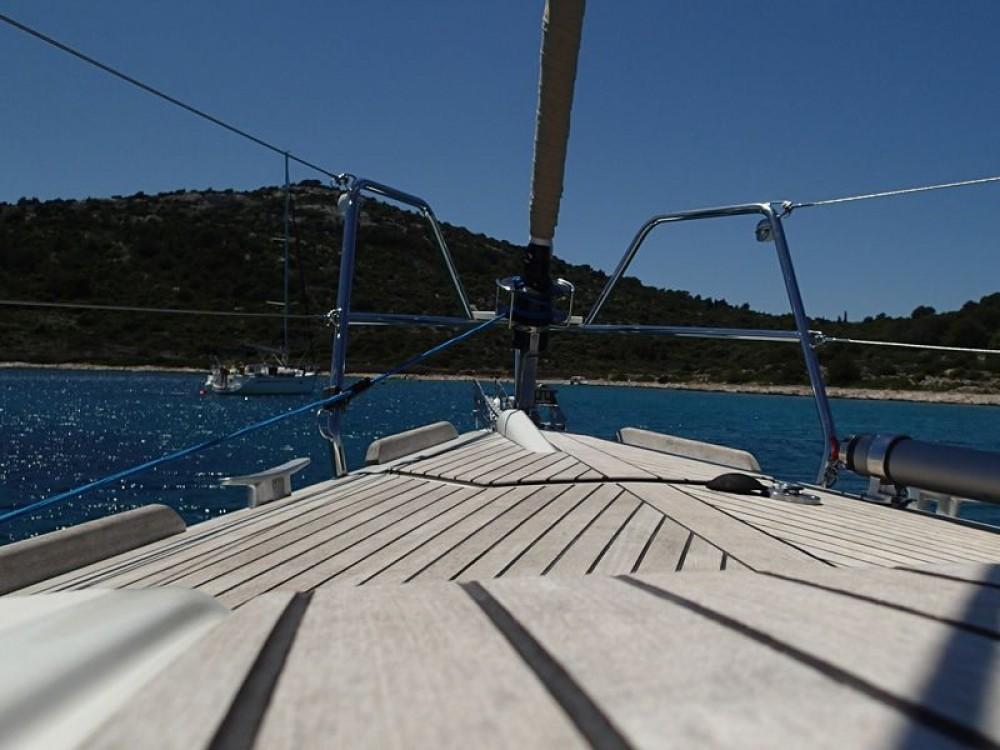 Boat rental Dufour Dufour 375 Grand Large in Općina Sukošan on Samboat
