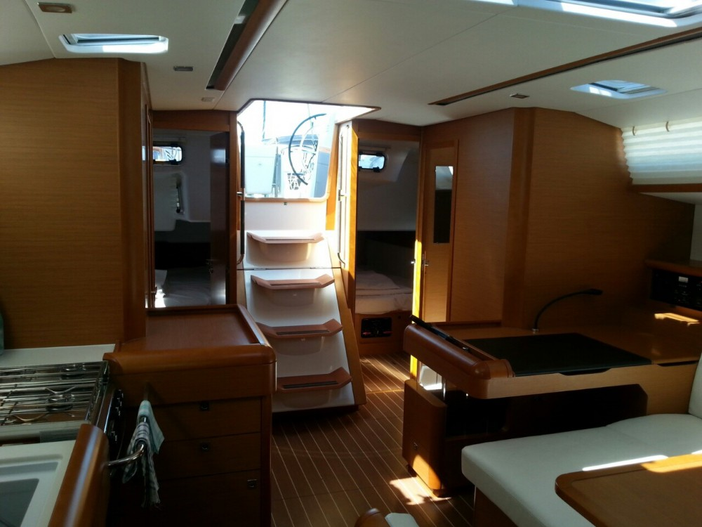 Boat rental Jeanneau Sun Odyssey 509 in Općina Sukošan on Samboat