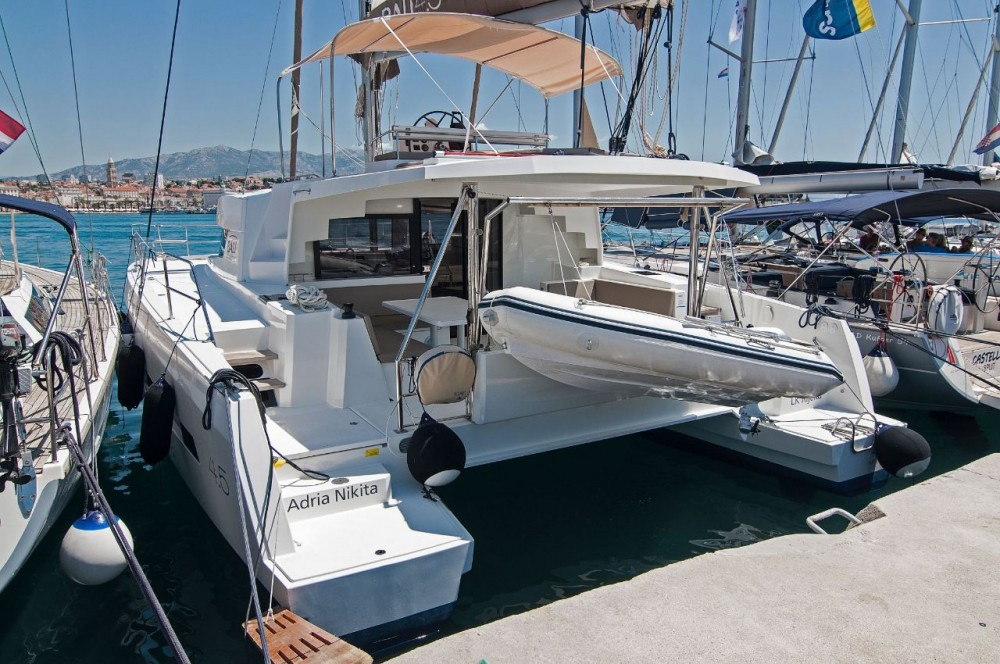 Catana Bali 4.5 - 4 + 2 cab. between personal and professional Split
