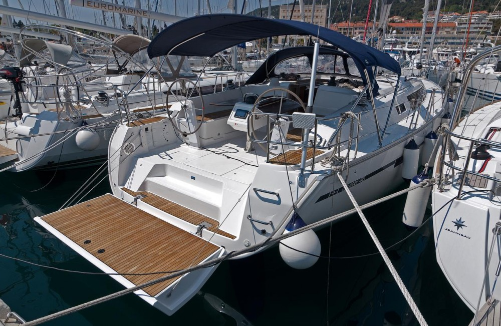 Boat rental Bavaria Cruiser 46 in Split on Samboat