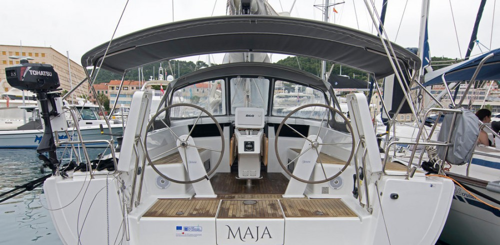 Hire Sailboat with or without skipper Hanse Split