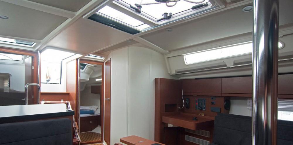 Boat rental Split cheap Hanse 418 - 3 cab.