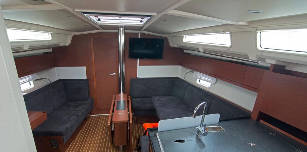 Rent a Hanse Hanse 418 - 3 cab. Split