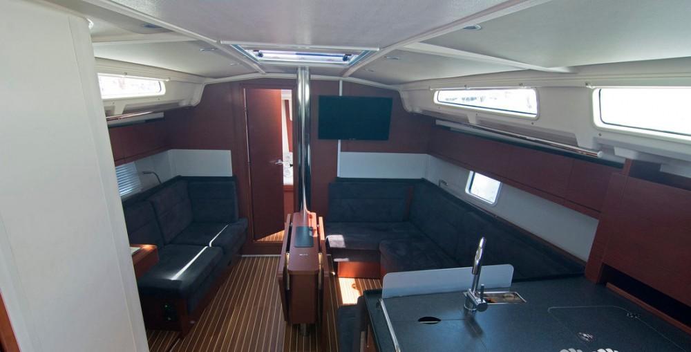 Boat rental Hanse Hanse 418 - 3 cab. in  on Samboat