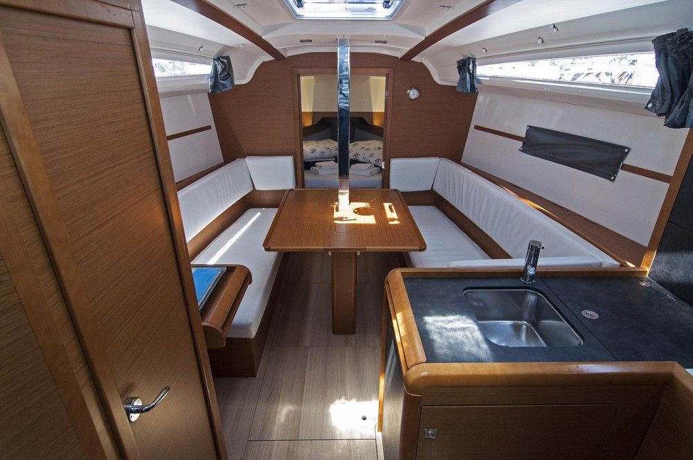 Jeanneau Sun Odyssey 349 between personal and professional Split