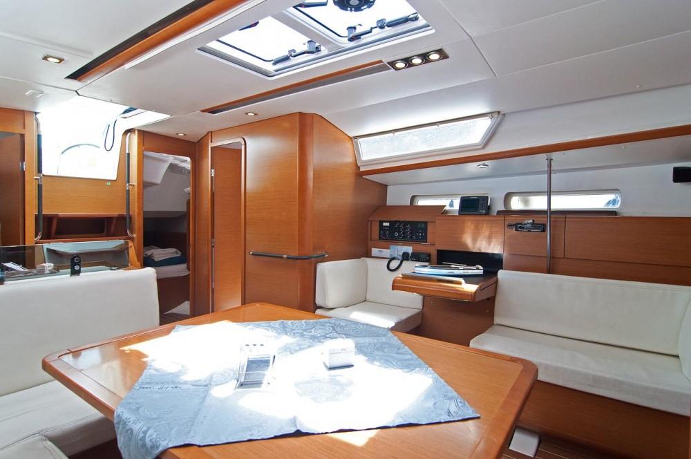 Rental yacht Split - Jeanneau Sun Odyssey 439 on SamBoat