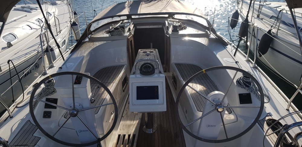 Rental Sailboat in  - Bavaria Cruiser 34