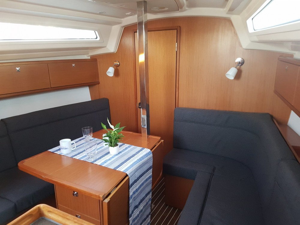 Boat rental Bavaria Cruiser 34 in  on Samboat