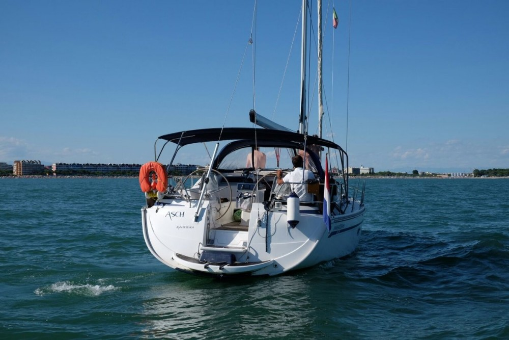 Hire Sailboat with or without skipper Bavaria Caorle