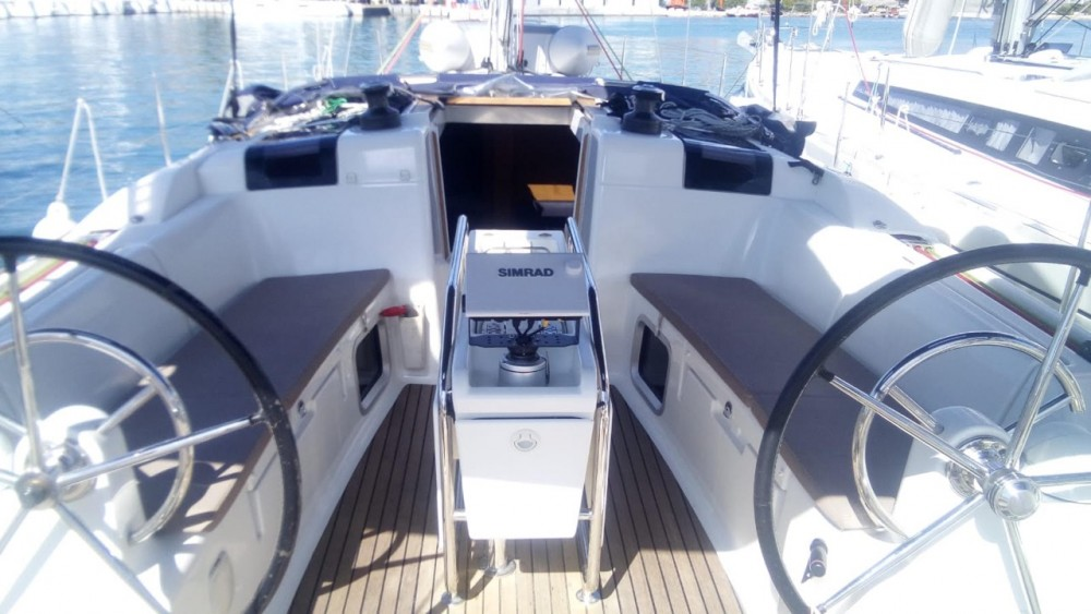 Jeanneau Sun Odyssey 409 between personal and professional Terranoa/Olbia
