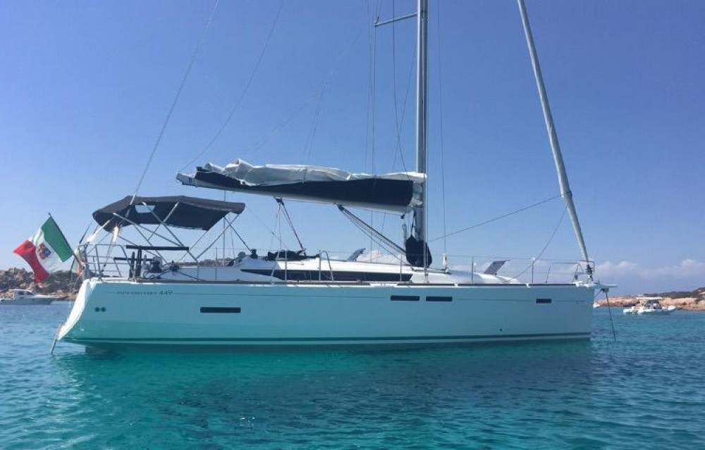 Jeanneau Sun Odyssey 449 Performance between personal and professional Sardinia