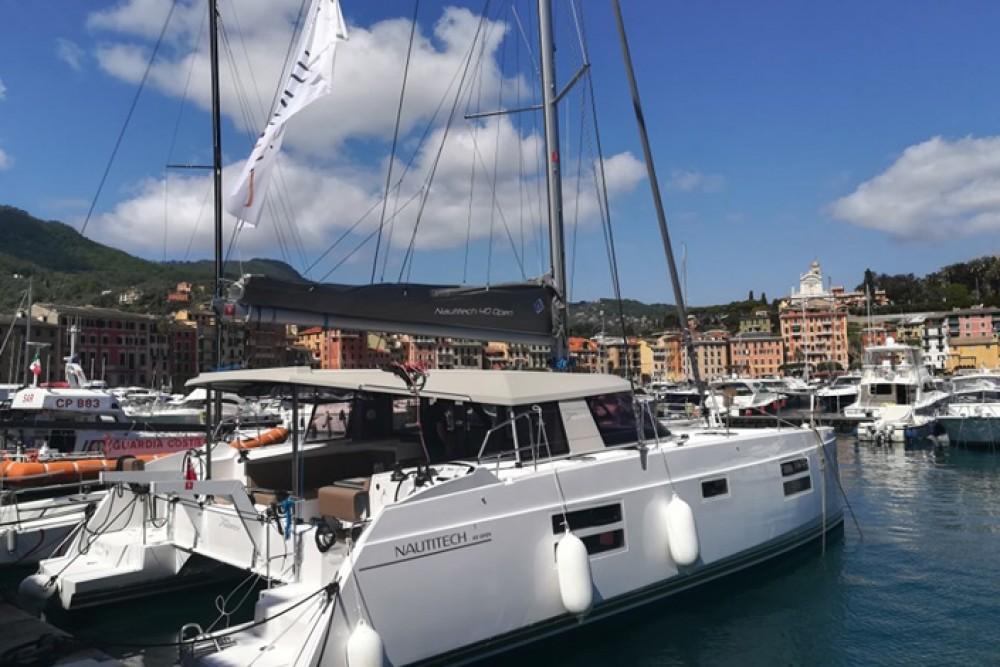 Hire Catamaran with or without skipper Nautitech Rochefort Cagliari
