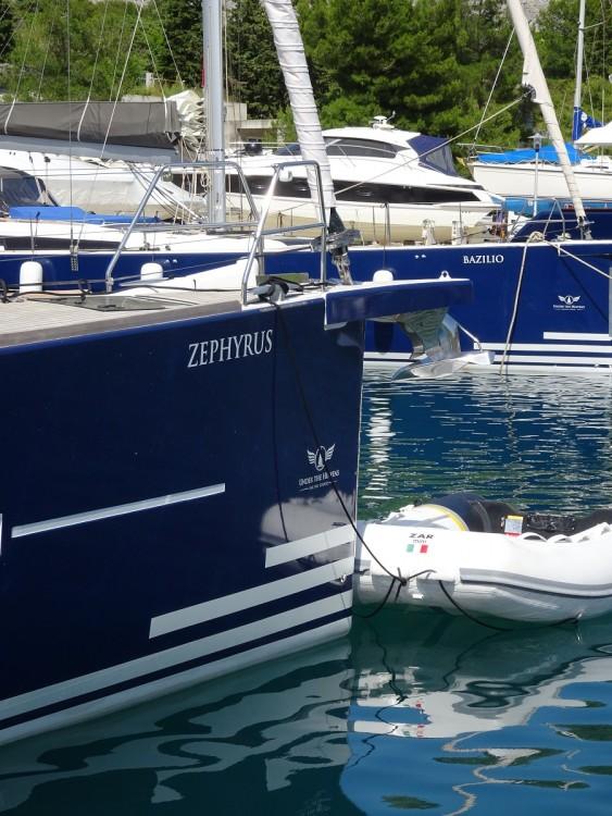 Boat rental Dufour Dufour 520 GL - 3. cab in Primošten on Samboat