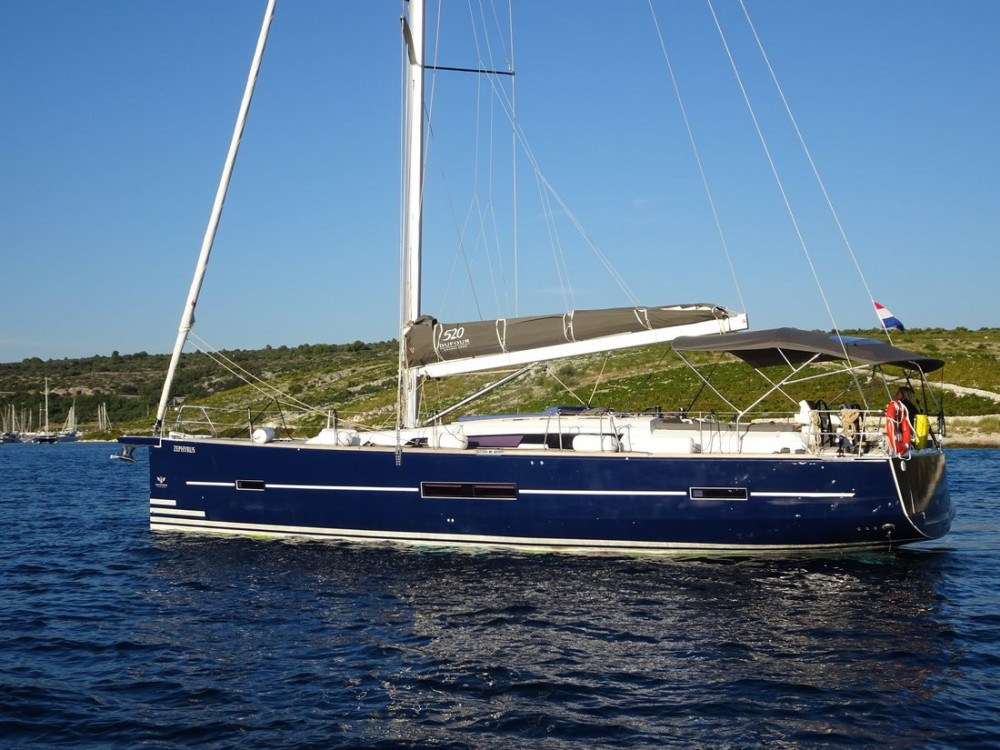 Rental Sailboat in Primošten - Dufour Dufour 520 Grand Large