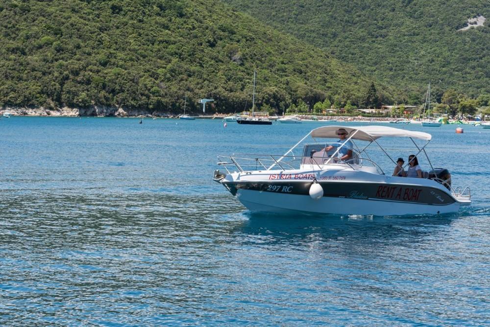 Rental Motor boat Blumax (Bluline) with a permit