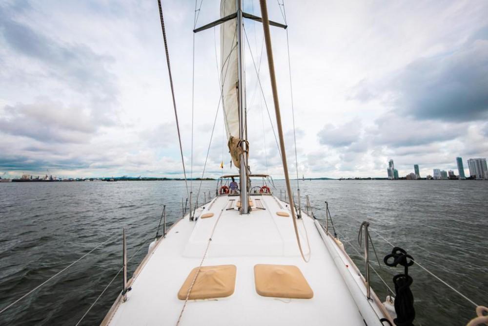 Boat rental Cartagena cheap Dufour 450 GL