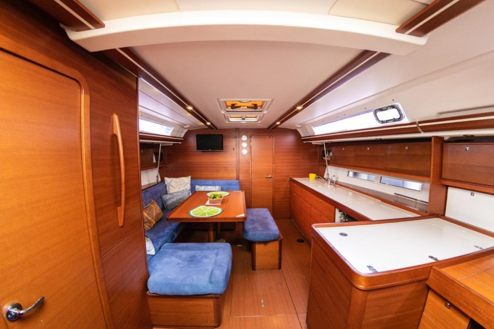 Rental Sailboat in Cartagena - Dufour Dufour 450 GL
